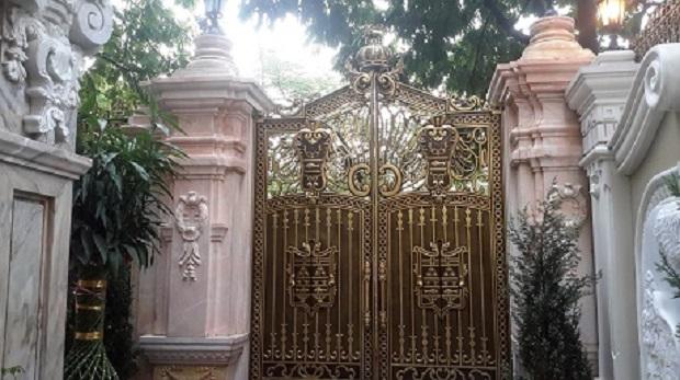 Chiêm ngưỡng hàng cổng đắt giá nhất của đại gia Việt 3