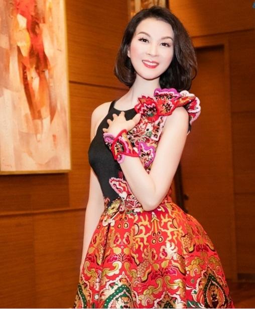 MC Thanh Mai trẻ trung khoe vẻ đẹp không tuổi 1