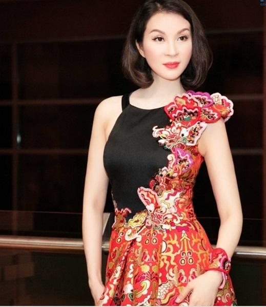 MC Thanh Mai trẻ trung khoe vẻ đẹp không tuổi 2