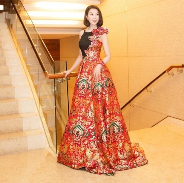 MC Thanh Mai trẻ trung khoe vẻ đẹp không tuổi 3
