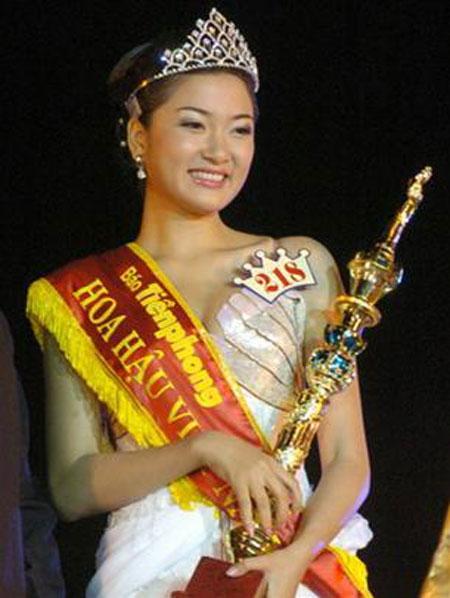 Hoa hậu đẹp nhất Việt Nam Nguyễn Thị Huyền ngày ấy bây giờ 1