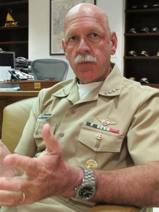 Hình ảnh Hải quân Mỹ đã sẵn sàng áp sát đảo nhân tạo TQ xây ở Biển Đông số 1