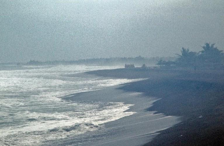 Cảnh tượng bão Patricia đổ bộ vào Mexico 2