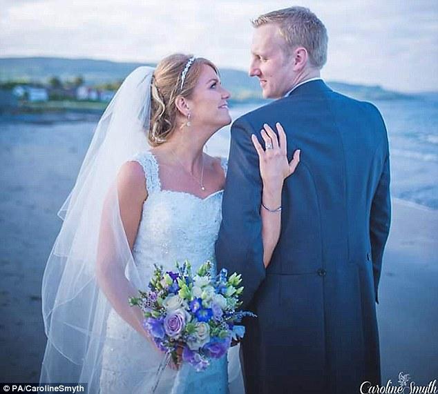 Cặp đôi mới cưới chết đuối ngay khi đi hưởng trăng mật 1
