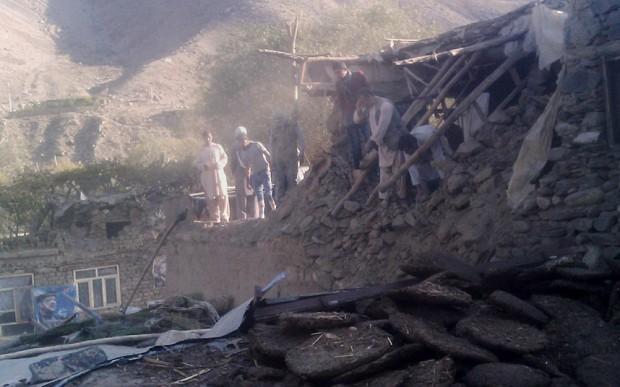 Động đất mạnh 7,5 độ richter, hàng trăm người thương vong 1