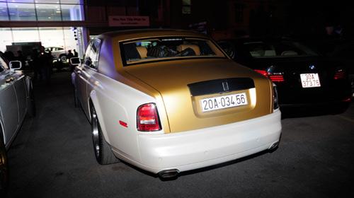Cặp đôi Rolls-Royce Phantom mạ vàng của đại gia Thái Nguyên  2