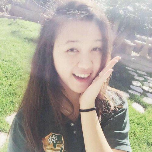 Nữ sinh Hà Nội xinh như hotgirl được Tổng thống Obama tặng bằng khen 2