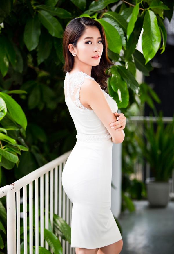 Vẻ đẹp trong trẻo của Nam Em được ví như Hoa hậu Thu Thảo 4