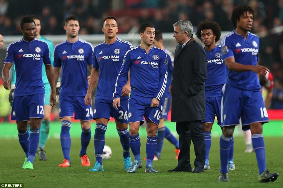 Chelsea bị Stoke City loại khỏi Cúp Liên đoàn Anh 1