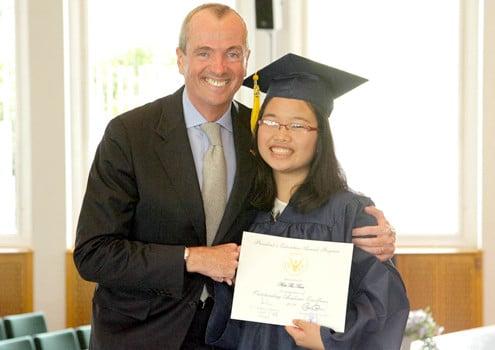 Những nữ sinh Việt được nhận bằng khen của Tổng thống Obama 3