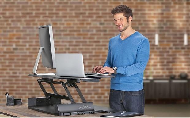 Ngồi hay đứng làm việc là tốt nhất? 1