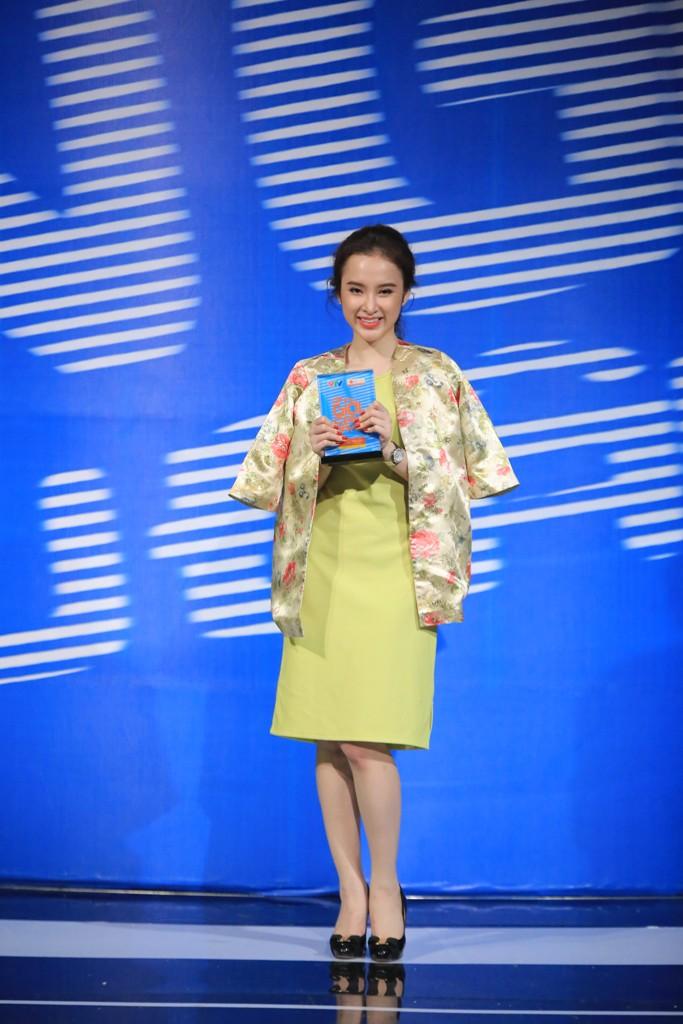 Ơn giời, cậu đây rồi tập 1: Angela Phương Trinh xuất sắc đoạt cúp đặc biệt 1