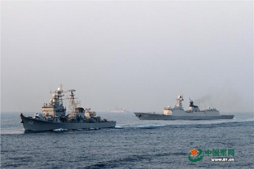 Hạm đội Trung Quốc tập trận tấn công trên Biển Đông 1