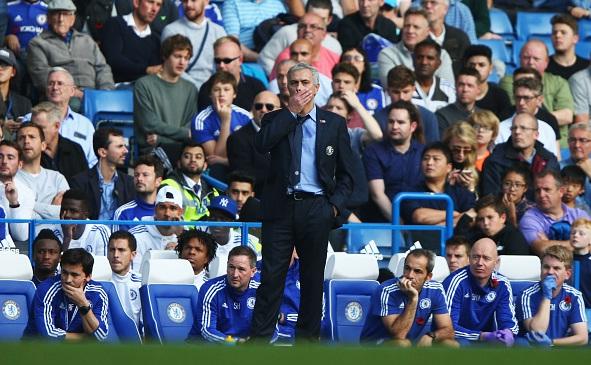 Chelsea 1-3 Liverpool: Thua và lâm nguy 1