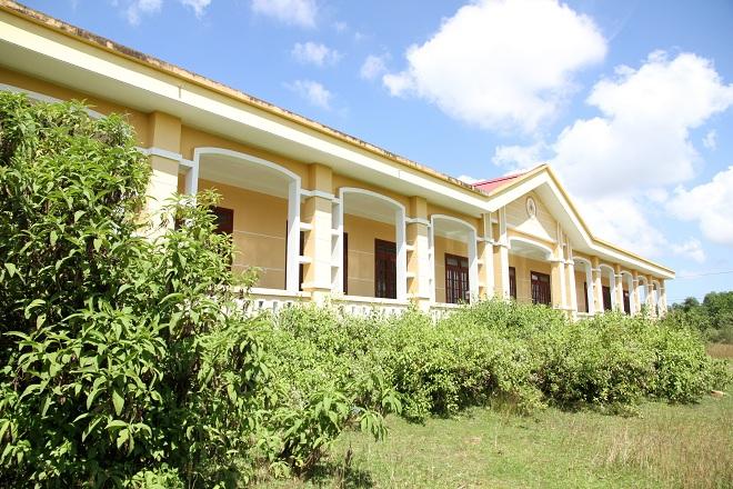 Quảng Trị: Trường mầm non, tiểu học xây tiền tỉ thành kho chứa thóc 1