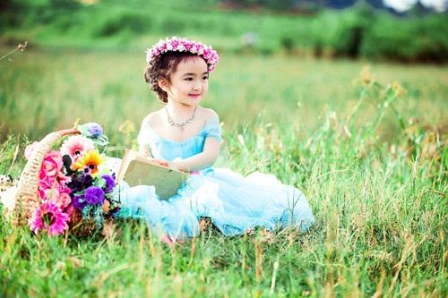 Bé gái 3 tuổi xinh như thiên thần đốn tim dân mạng 8