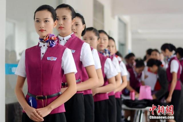 Cận cảnh buổi thi tuyển tiếp viên hàng không ở Trung Quốc 3