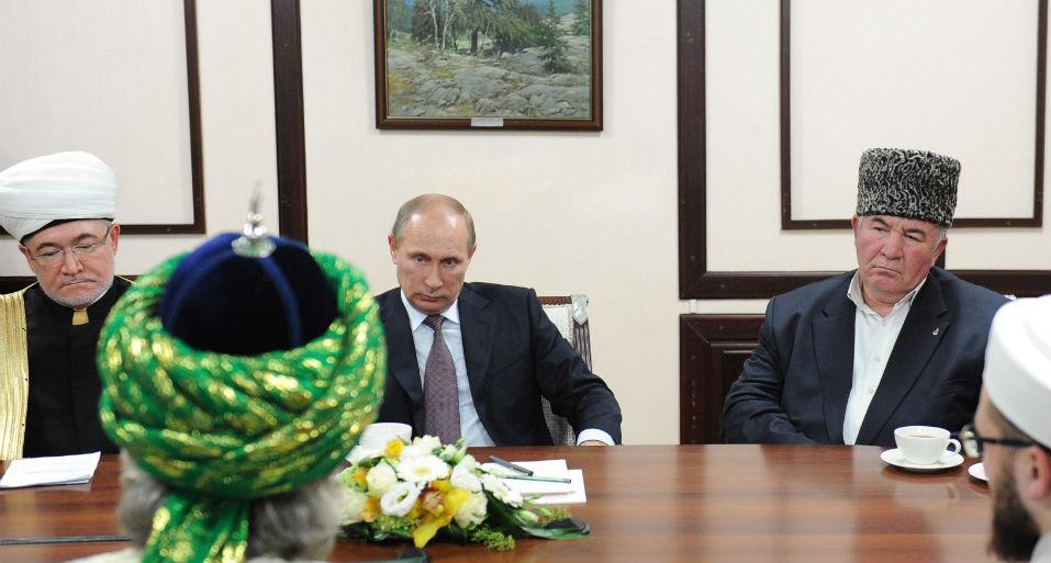 """""""Cơn ác mộng"""" Hồi giáo cực đoan của Tổng thống Nga Putin 1"""