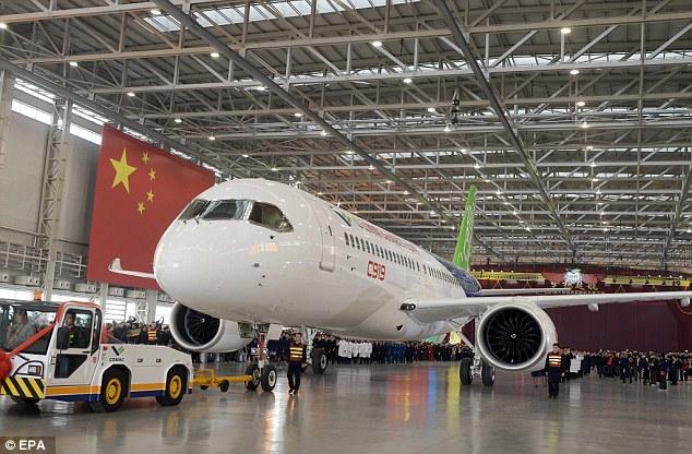 Hình ảnh Soi nội thất máy bay chở khách tự chế đầu tiên của Trung Quốc số 1