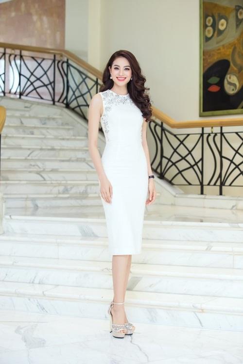 Sao Việt mặc đẹp tuần qua: Phạm Hương, Đặng Thu Thảo chọn trang phục tinh tế 2