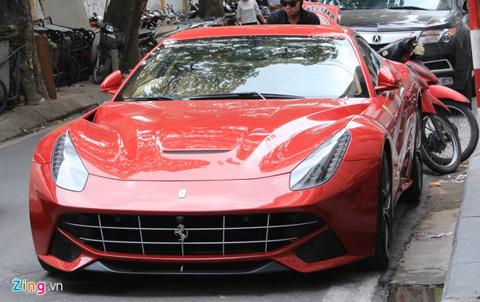 Siêu xe Ferrari 10 tỷ đầu tiên xuất hiện tại Hà Nội 1