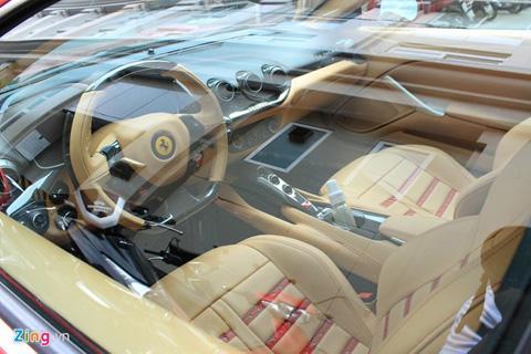Siêu xe Ferrari 10 tỷ đầu tiên xuất hiện tại Hà Nội 3