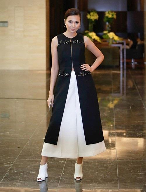 Sao Việt mặc đẹp tuần qua: Phạm Hương, Đặng Thu Thảo chọn trang phục tinh tế 11