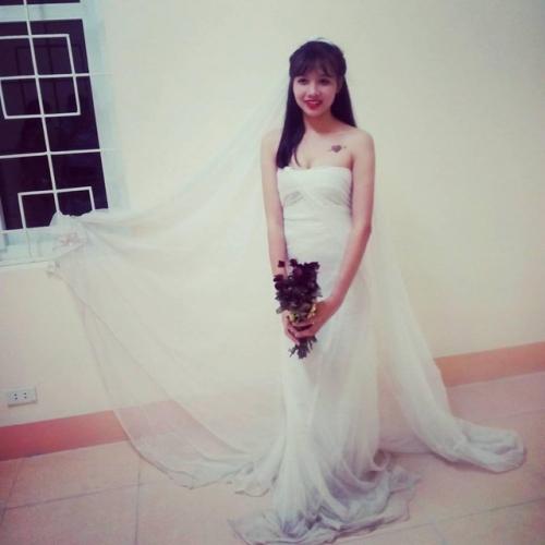 Độc đáo váy cưới làm bằng màn tuyn  3