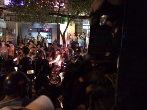 Hình ảnh Hàng trăm cảnh sát bao vây nhà trùm ma túy ở Sài Gòn số 1