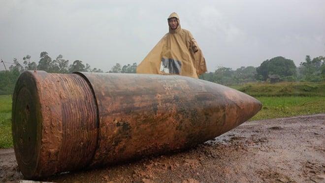 Phát hiện quả đạn pháo nặng 860kg còn nguyên kíp nổ ở Quảng Trị 1