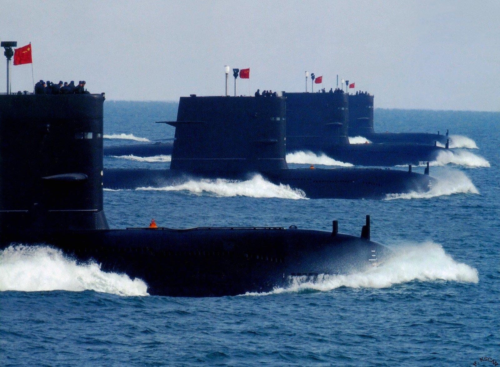 Siêu tàu sân bay Mỹ bị tàu ngầm Trung Quốc lén bám sát 3