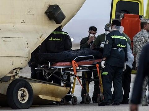 Thương tích trên thi thể nạn nhân máy bay Nga gây tranh cãi 3
