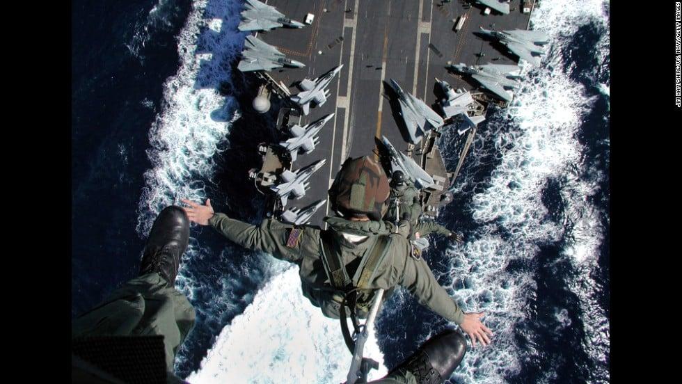 Hạm đội tàu sân bay trứ danh của Mỹ sắp hết thời 8