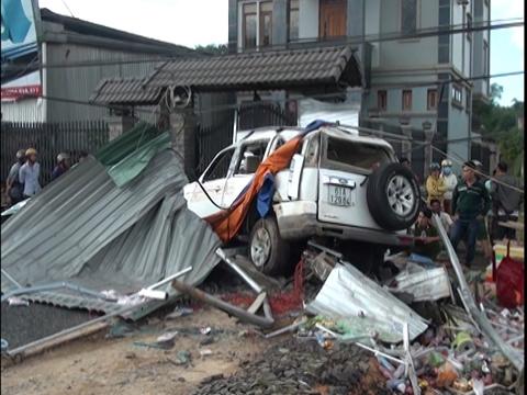 Khởi tố vụ tai nạn giao thông 3 người chết ở Bình Phước 1