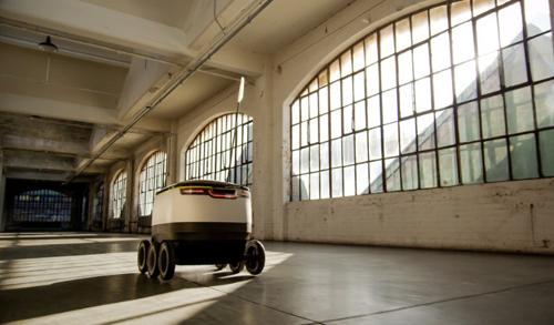 Hình ảnh Robot và máy bay không người lái đi giao hàng số 1