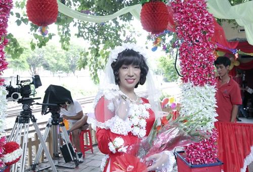 Chí Tài, Long Nhật làm đám cưới đồng tính trên phim 5