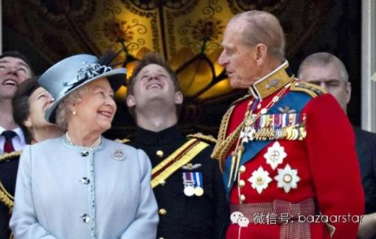 Chuyện tình 70 năm của nữ hoàng Anh và thị vệ Hoàng thân Philip 4