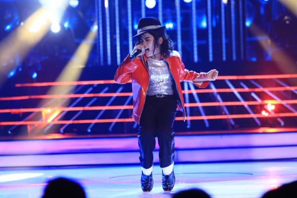 Gương mặt thân quen nhí 2015 tập 6: Hoài Linh hãnh diện vì phiên bản Michael Jackson Việt 1