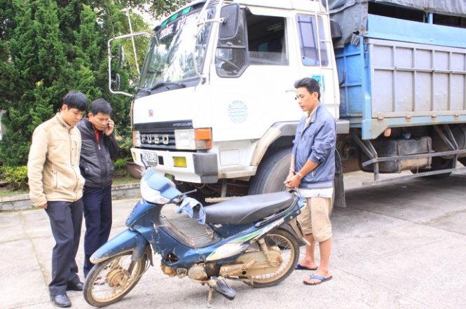 Bắt lái xe bỏ trốn sau khi gây tai nạn khiến 2 người chết 1