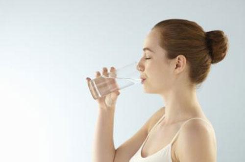 Mẹo chữa nấc cụt đơn giản mà hiệu quả 3
