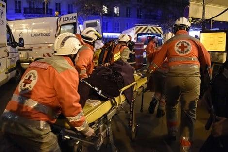 Nhân chứng kể lại cảnh 'tắm máu' trong phòng hòa nhạc ở Paris 1