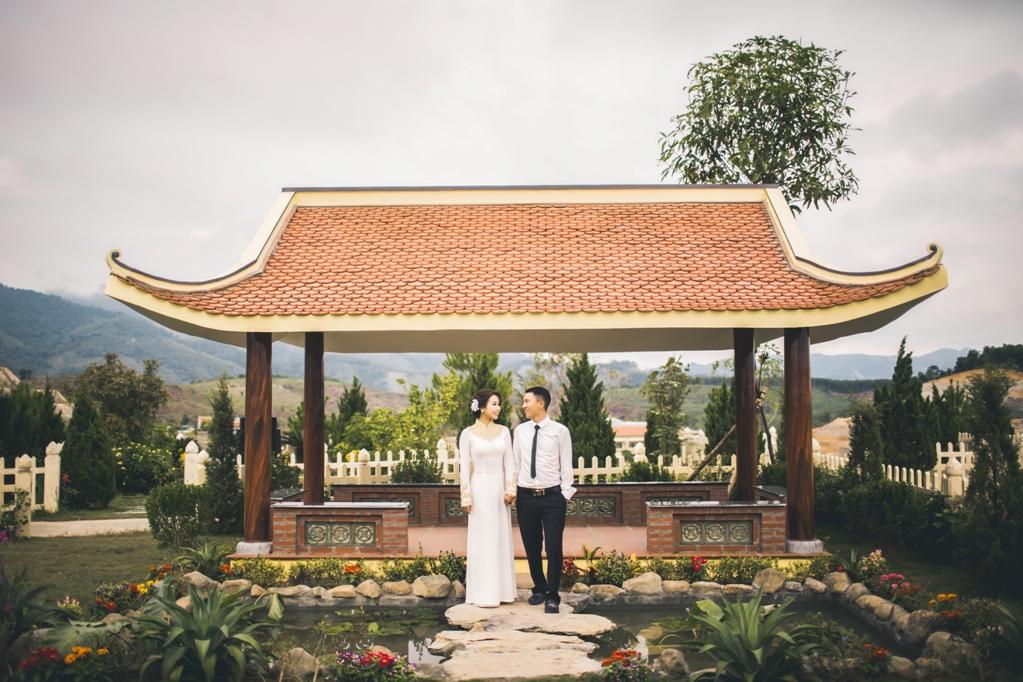 Hình ảnh Bộ ảnh cưới ở nghĩa trang của cặp đôi Hà Nội yêu và kết hôn trong 7 ngày số 10