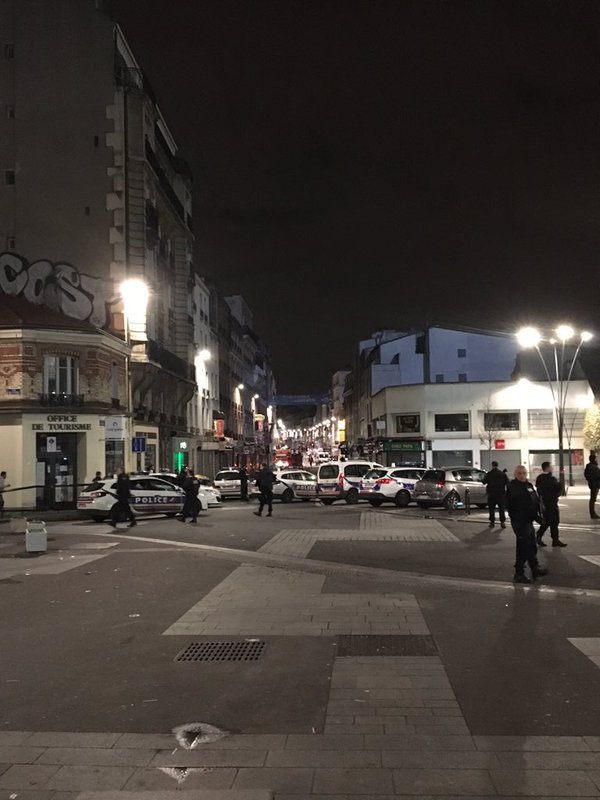 Hình ảnh (Cập nhật) Đang đấu súng truy bắt kẻ chủ mưu khủng bố Paris - tóm gọn nhóm khủng bố số 6