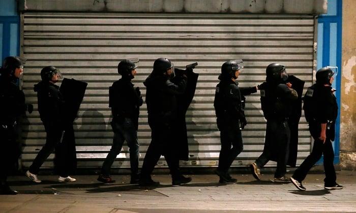 Hình ảnh (Cập nhật) Đang đấu súng truy bắt kẻ chủ mưu khủng bố Paris - tóm gọn nhóm khủng bố số 4