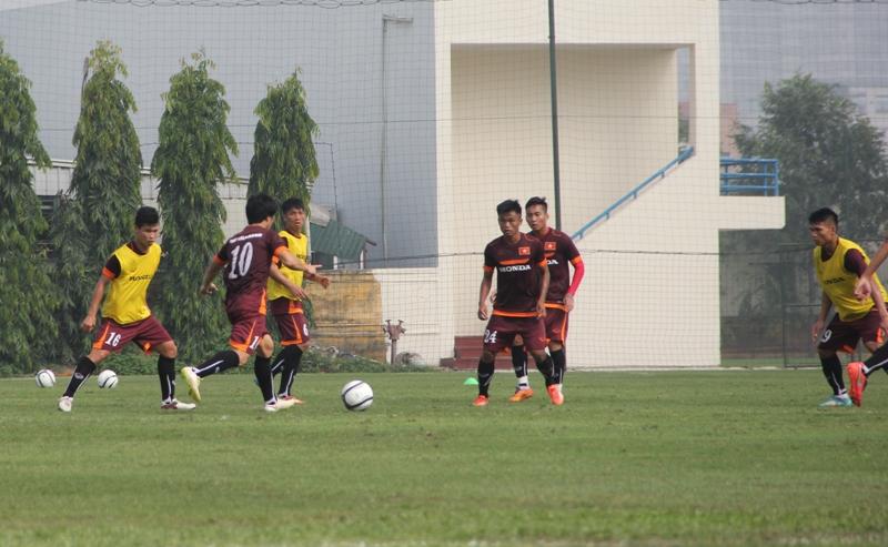 ĐT U23 Việt Nam thiếu vắng nhiều cầu thủ trong buổi tập đầu tiên 6