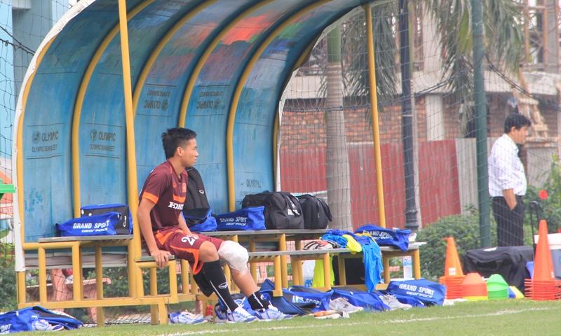 ĐT U23 Việt Nam thiếu vắng nhiều cầu thủ trong buổi tập đầu tiên 8