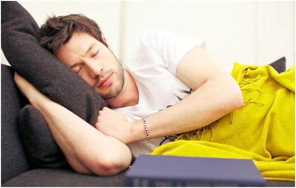 Giấc ngủ trưa và lợi ích bất ngờ cho sức khỏe 1
