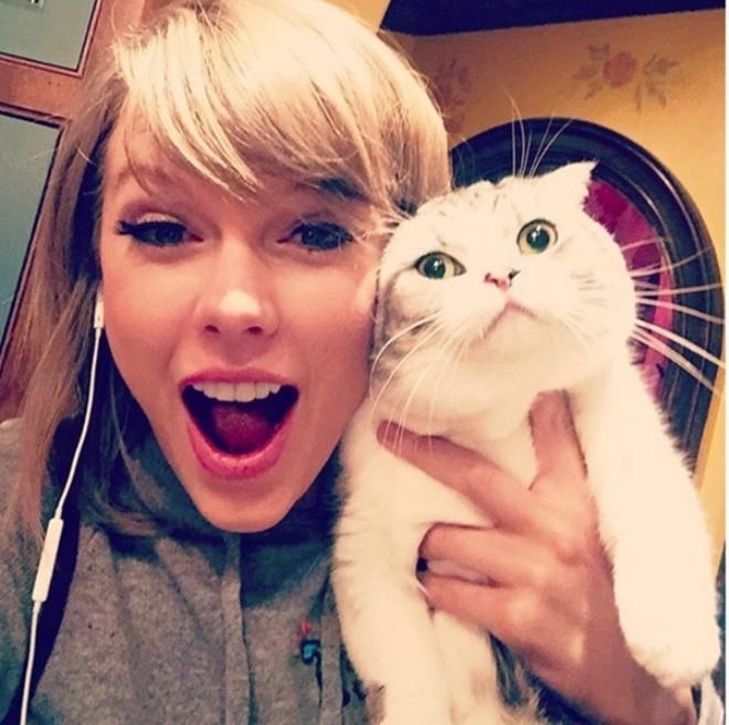 Hình ảnh Taylor Swift là nghệ sĩ được like nhiều nhất trên Istagrams 2015 số 4
