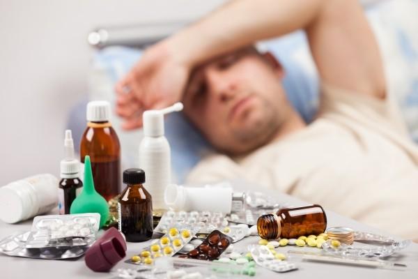 Tác dụng phụ đáng sợ của thuốc kháng sinh ít người biết 1