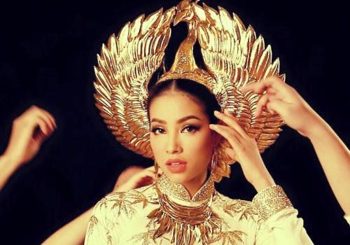Clip gây tranh cãi về cách hành xử của Phạm Hương tại Hoa hậu Hoàn vũ 2015 2